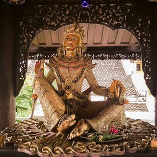 """பர்மிய அவலோகிதேஸ்வரர் - பர்மியர்கள் இவரை """"லோகநாட்"""" என்று அழைக்கிறார்கள்"""